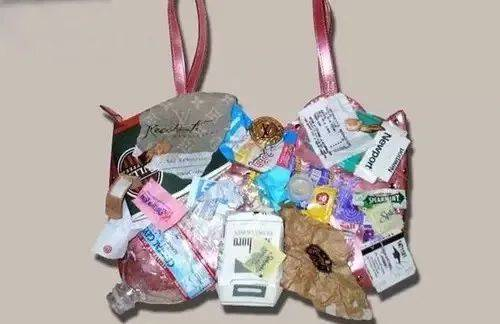 鸟哥笔记,广告营销策略,首席营销官,Prada,Tiffany,Supreme,品牌营销,个性,策略,品牌