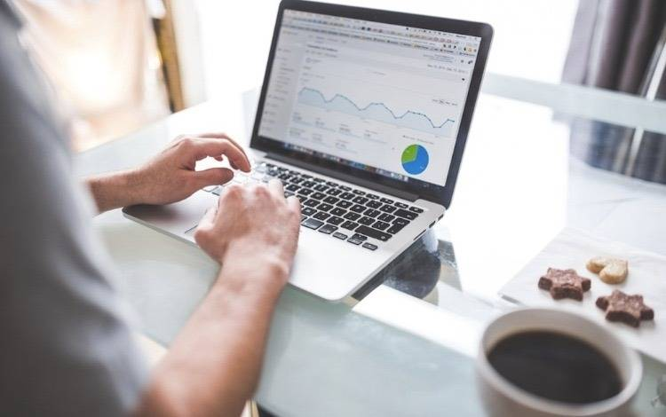 新接手账户,转化成本降低77% 怎么做到的?