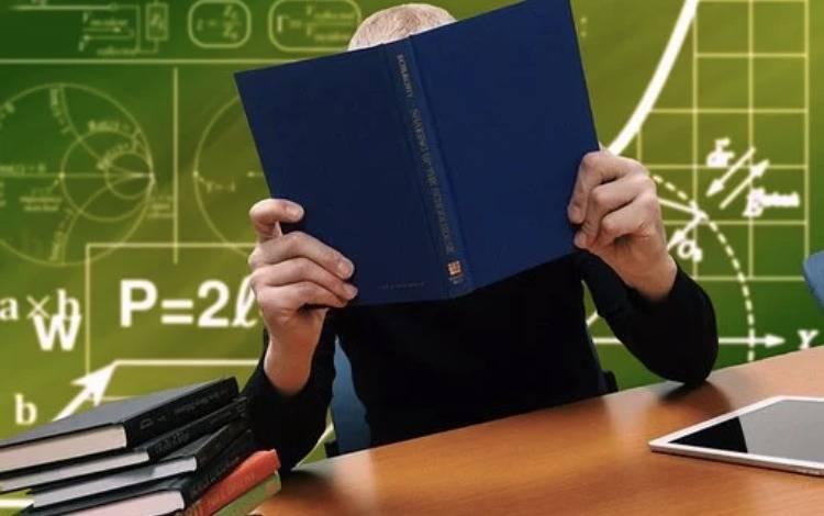 一套增长万能公式:如何把阅读量8千公众号,做到篇均4万?