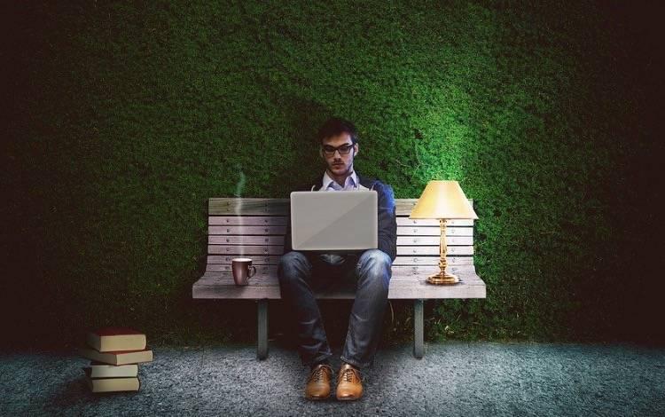鸟哥笔记,新媒体运营,木木老贼,广告,文案,创意