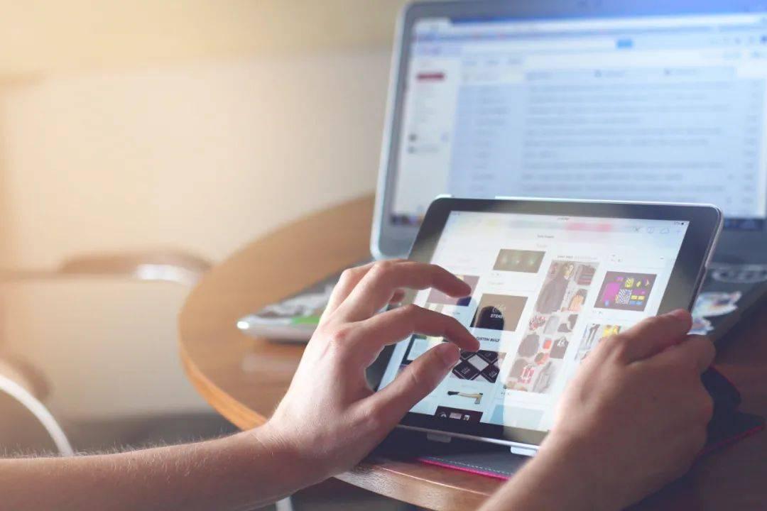 鸟哥笔记,行业动态,深燃财经,B站,互联网,斗鱼,直播,行业动态
